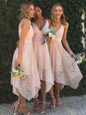 A-Linje/Prinsesse Ermeløs V-hals Asymmetrisk Blonder Brudepikekjoler