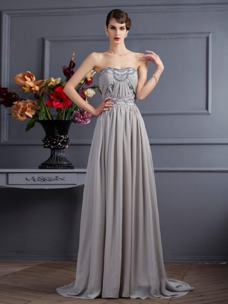A-Linje/Prinsesse Sweetheart Ermeløs Perlebesydd Plissert Lange Chiffong Kjole