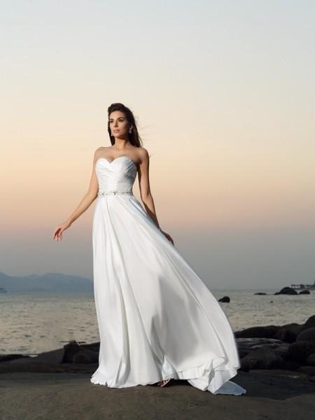 A-Linje/Prinsesse Sweetheart Perlebesydd Ermeløs Lange Taft Strand Brudekjoler