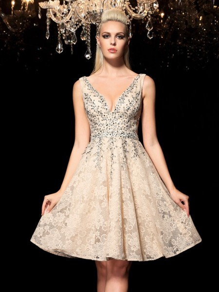 A-Linje/Prinsesse V-hals Perlebesydd Ermeløs Kort Blonder Cocktail Kjole