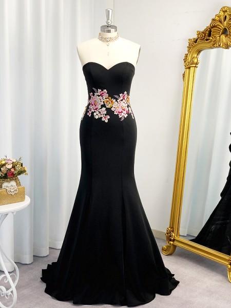 Trumpet/Mermaid Embroidery Elastic Woven Satin Sleeveless Sweetheart Sweep/Brush Train Dresses