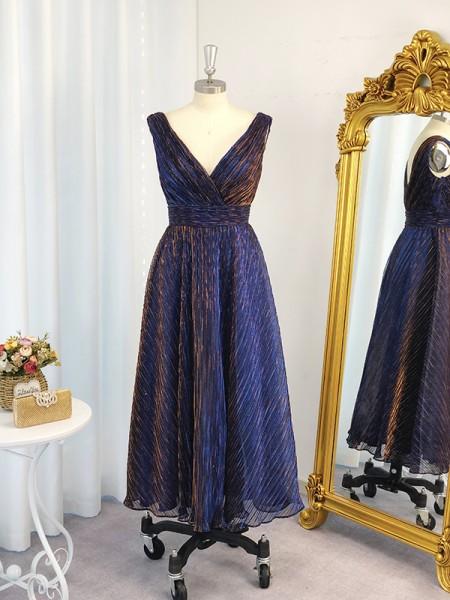 A-Line/Princess Ruched V-neck Sleeveless Tea-Length Dresses