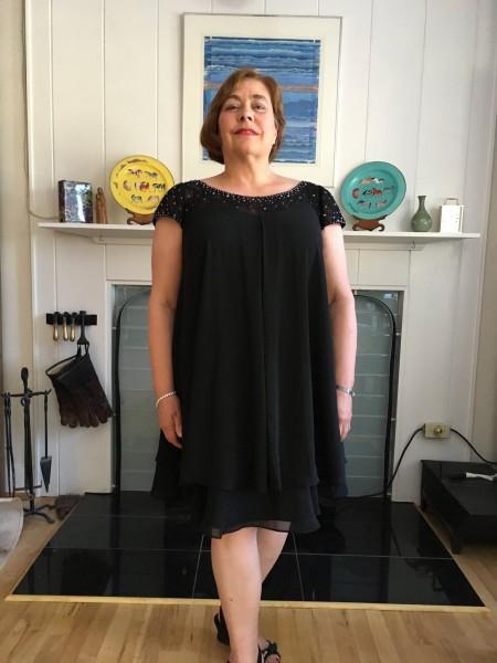 A-Linje/Prinsesse Scoop Knelengde Chiffong Kort erme Perlebesydd Kjoler til Brudens Mor