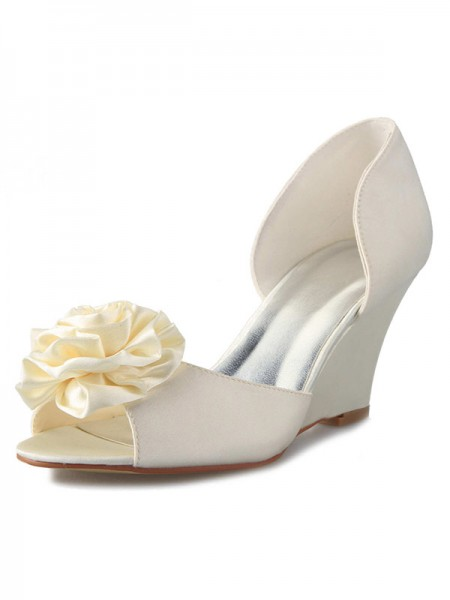 Women's Wedge Heel Sateng Peep Toe With Blomst Hvit Brudesko