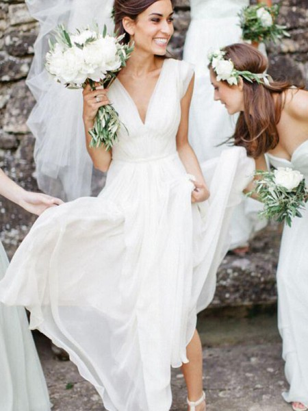 A-linje/Prinsesse V-hals Uten Ermer Gulvlengde Frynse Chiffong Bryllupskjoler