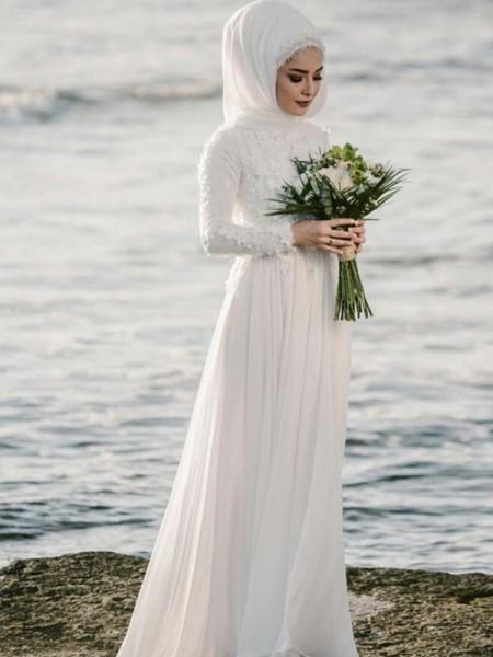 A-linje/Prinsesse Jewel Langermer Gulvlengde Applikasjoner Chiffong Bryllupskjoler